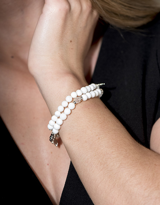 Stella Ambrata femme perle pierres semi-précieuses